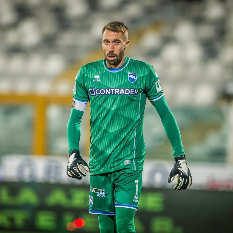 Fiorillo's Pescara Signed Match Shirt, 20/21