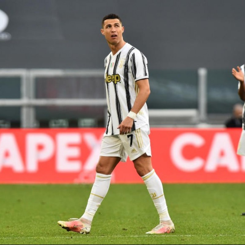 Ronaldo's Official Juventus Shirt, 2020/21 - Signed by the Players