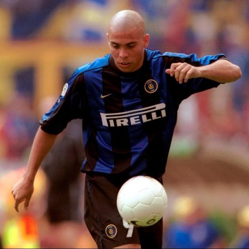 Ronaldo's Official Inter Signed Shirt, 1999/00