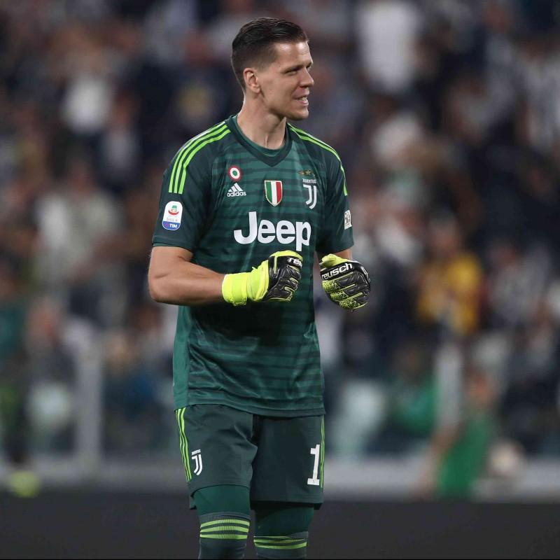 Szczesny's Official Juventus Signed Shirt, 2018/19