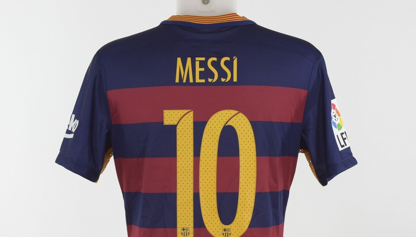 pretty nice a59a5 2fee1 Lionel Messi's Barcelona Match-Worn 50th Gamper Trophy Shirt - CharityStars