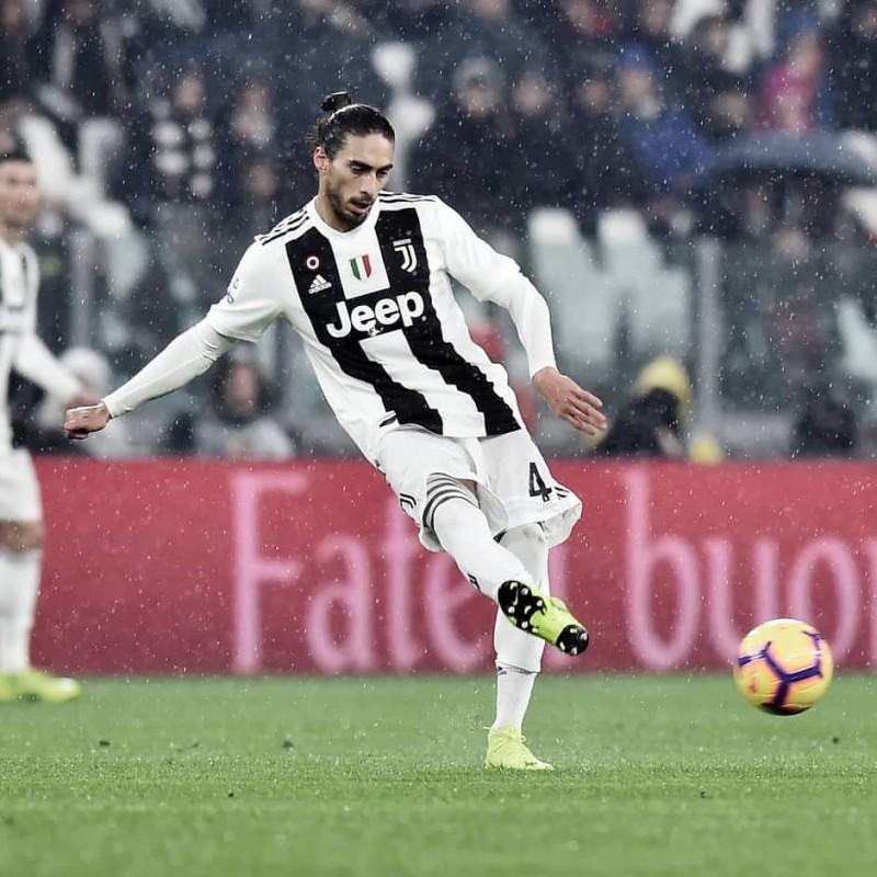 Caceres' Worn Shirt, Juventus-Frosinone 2019