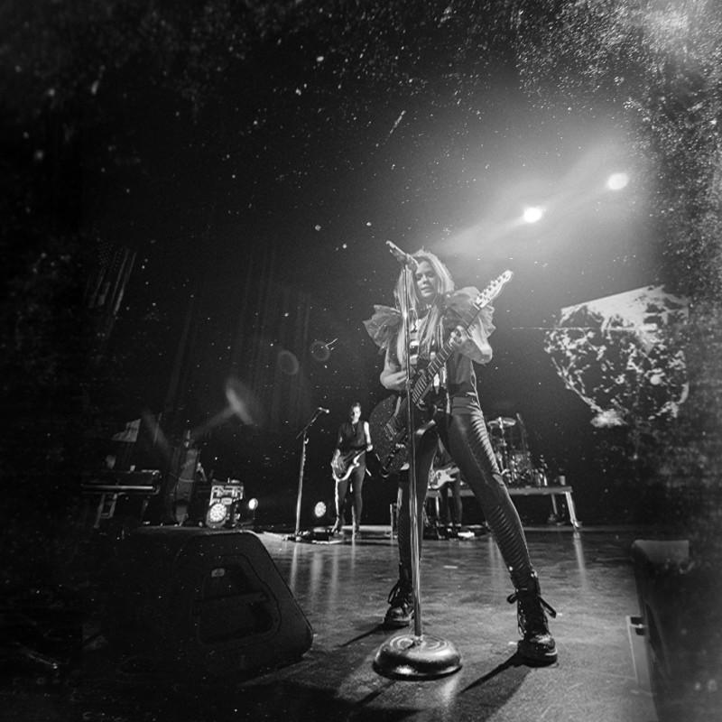 4th Row VIP Tickets for Avril Lavigne in Vienna, Austria