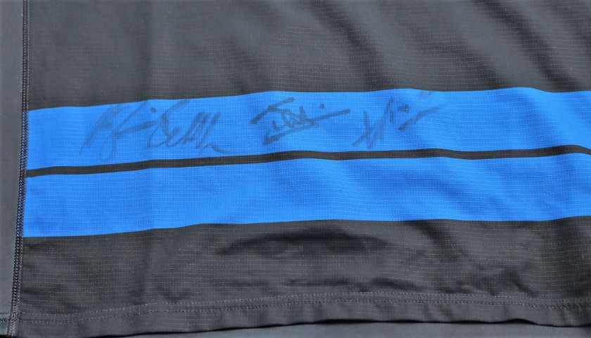 Biagi's Special FIR Worn Shirt - Signed by the Players