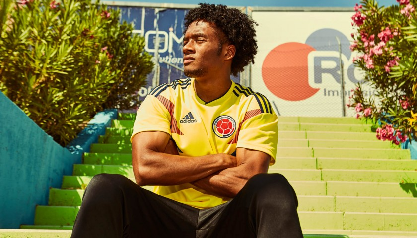 Official 2018 Colombia Shirt Signed by Cuadrado