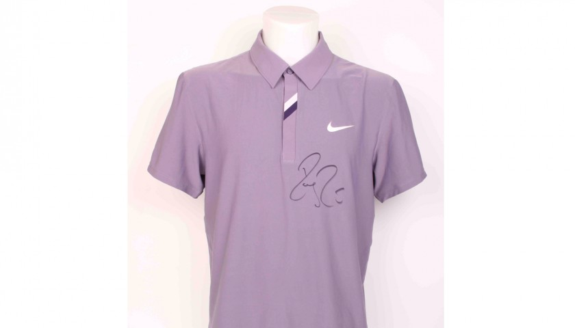 Roger Federer Signed and Worn Outfit at the Swiss Indoors Basel 2010