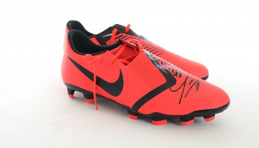 Nike Hypervenom Boots - Signed by Mario Mandzukic