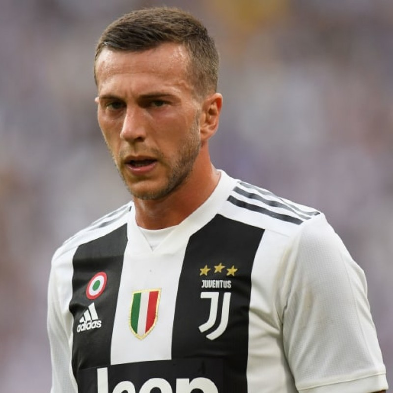 Bernardeschi's Official Juventus 2018/19 Signed Shirt