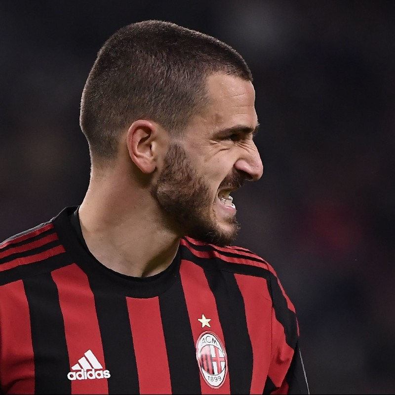 Bonucci's Match-Issued/Signed Milan Shirt – 2017/2018 Serie A