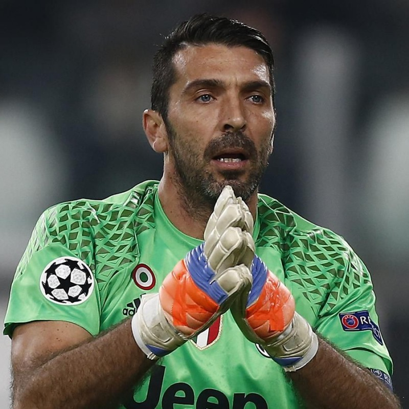 Buffon's Signed Match-Issued Juventus Shirt, 2016/17 UCL