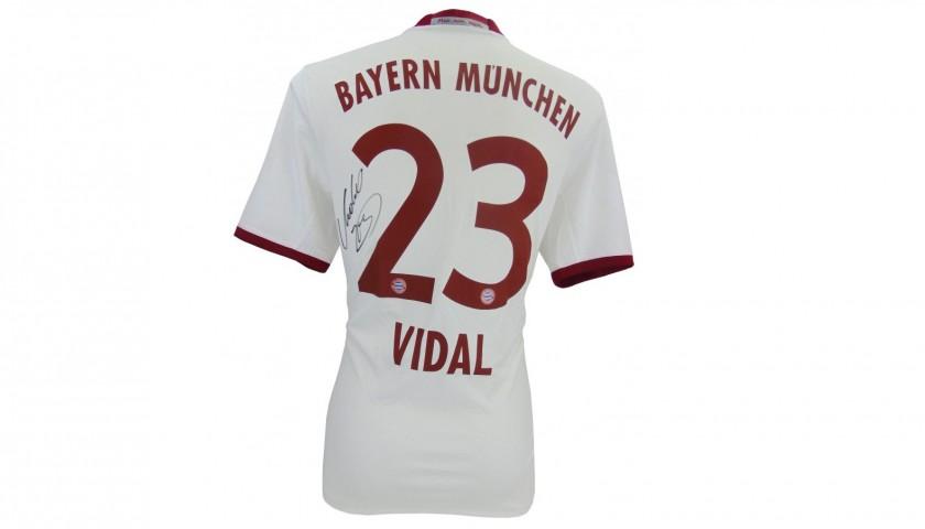 competitive price 8bb35 81f90 Official Bayern Munich 2016/17 Shirt Signed by Arturo Vidal - CharityStars