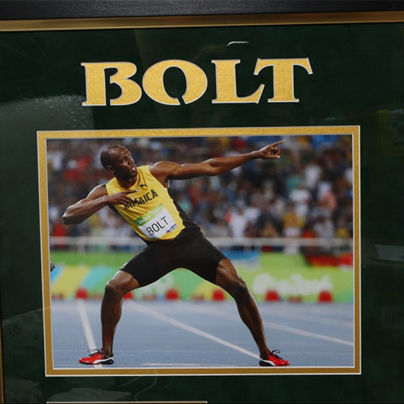 Rare Usain Bolt Signed & Framed Photograph