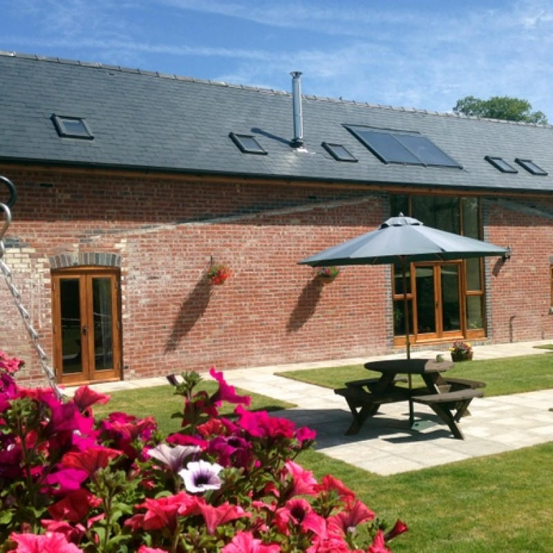 Relaxing Cottage Stay At The Barn, Fforddlas, In The Heart Of The Welsh Country