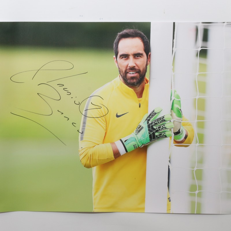 Claudio Bravo Signed Training Photo