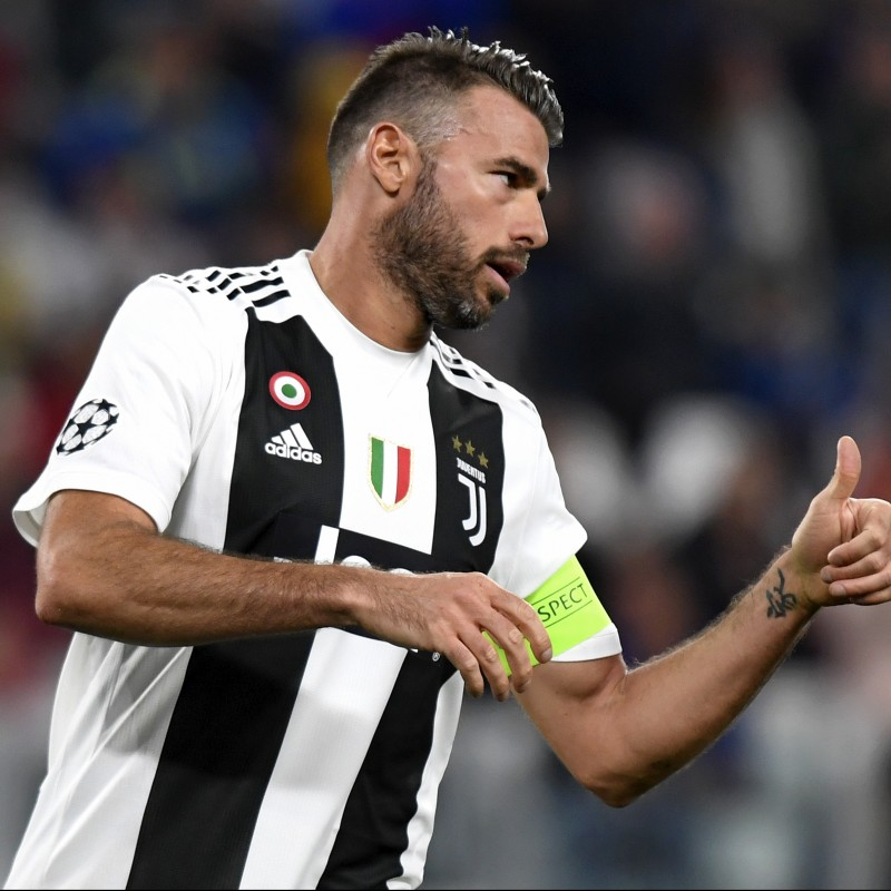 Barzagli's Juventus Match Shirt, UCL 2018/19