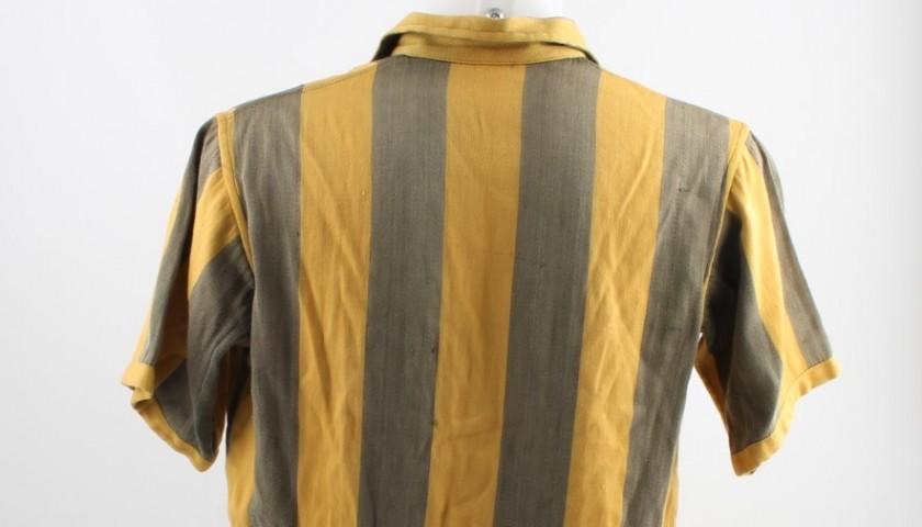 Varela Penarol jersey and shorts, worn in 1949/1950 season