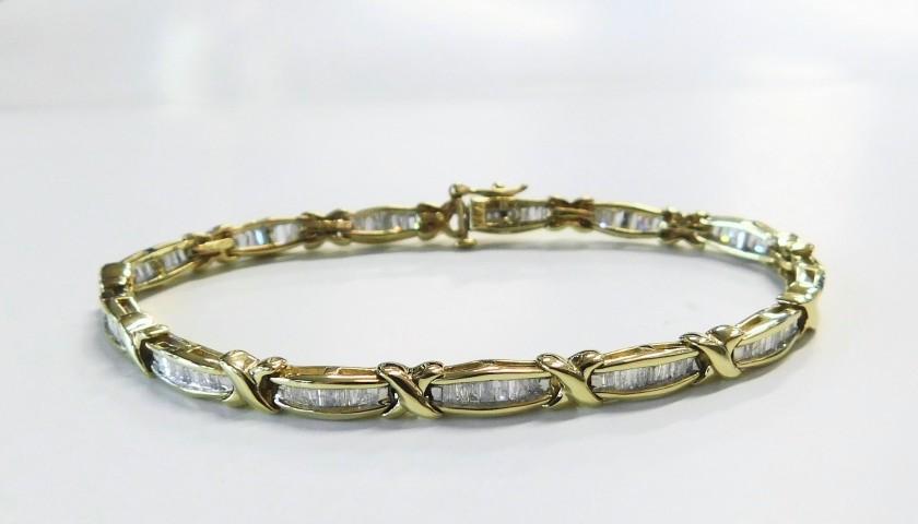 Yellow Gold Diamond Baguette Bracelet