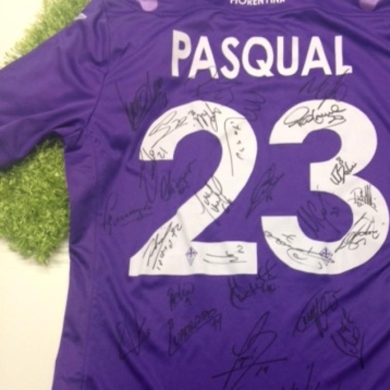 Maglia Fiorentina di Pasqual autografata dalla squadra