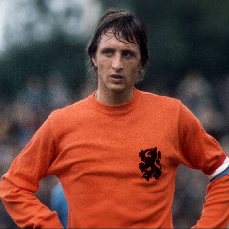 Holland Retro Shirt, 1974 - Signed by Johan Cruyff