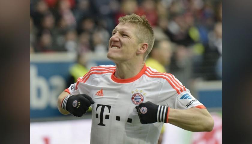 Schweinsteiger's Official Bayern Munich Signed Shirt, 2012/13