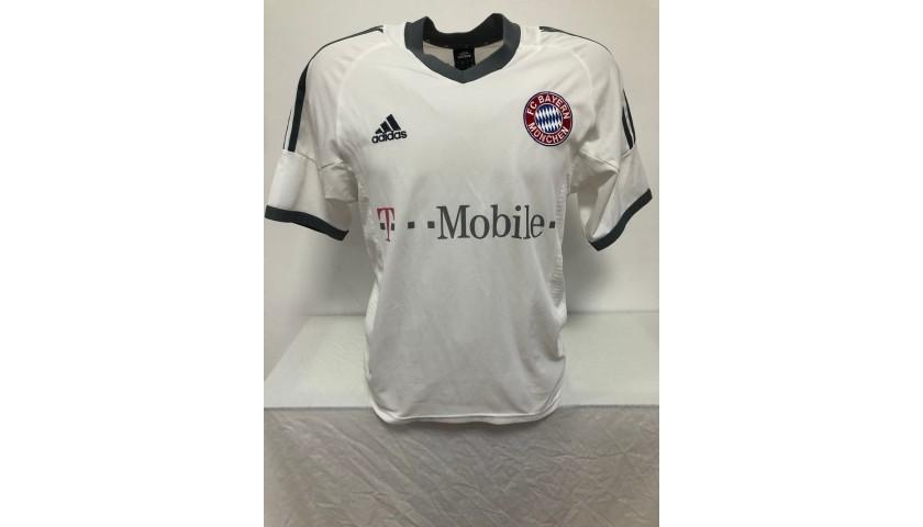 Ballack's Bayern Munich Signed Official Shirt, 2002/03