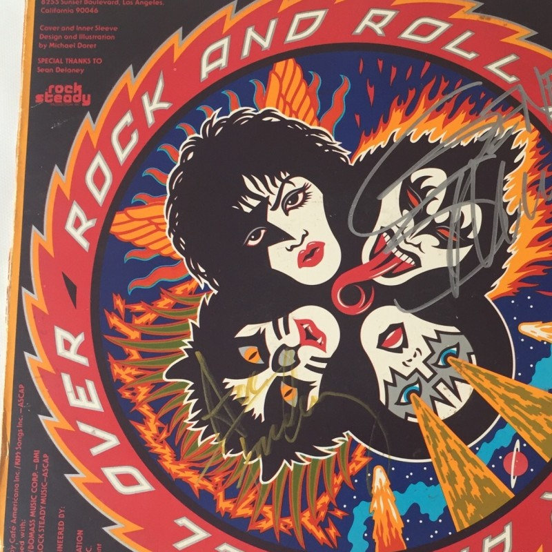 Kiss Vinyl Signed by Gene Simmons and Ace Frehley