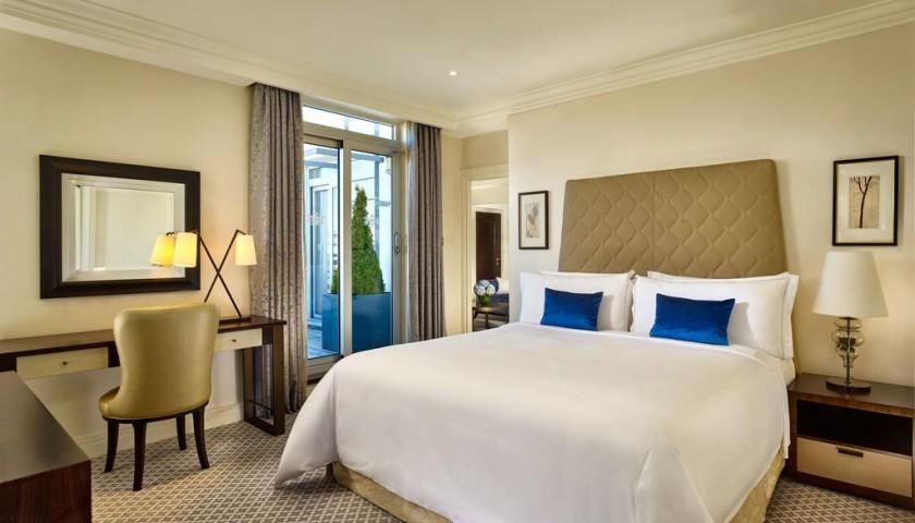 Un soggiorno di una notte al Westbury Hotel per due persone ...