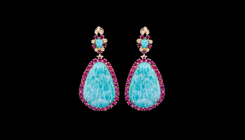 Teardrop Gold Earrings by Luisella Arrais