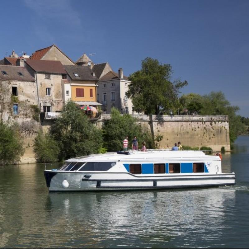 Boating Mini-Break in UK or Europe