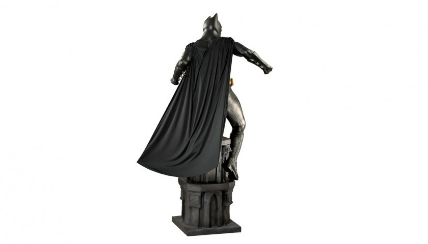 Batman Begins Limited Edition Statue, Lifesize Dimensions