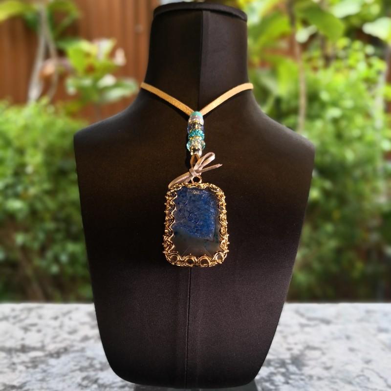 Agate Pendant by Valdeperlas - DARK BLUE