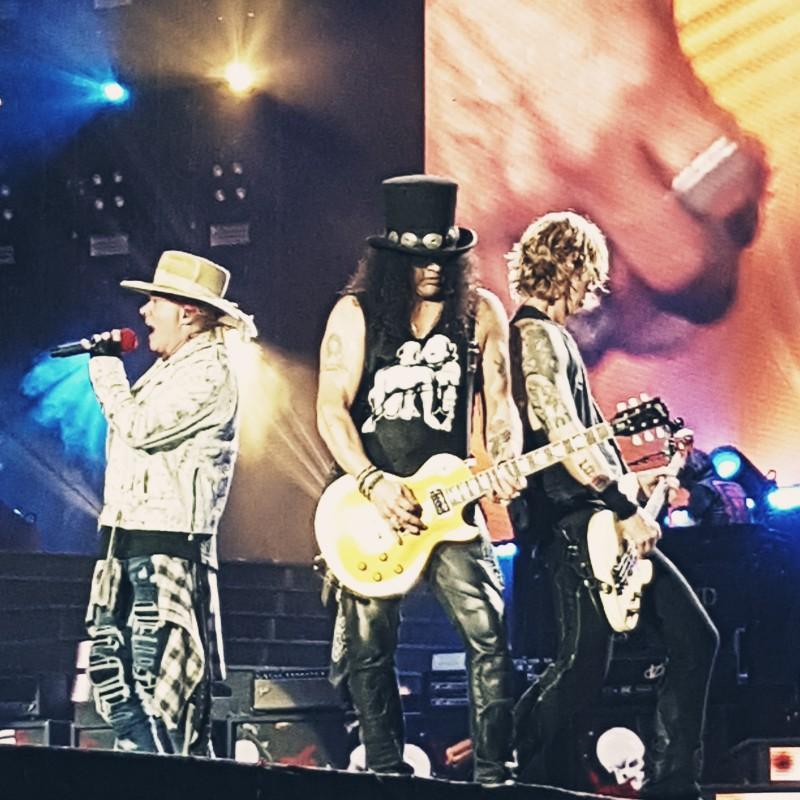 Les Paul Guitar - Signed by Slash