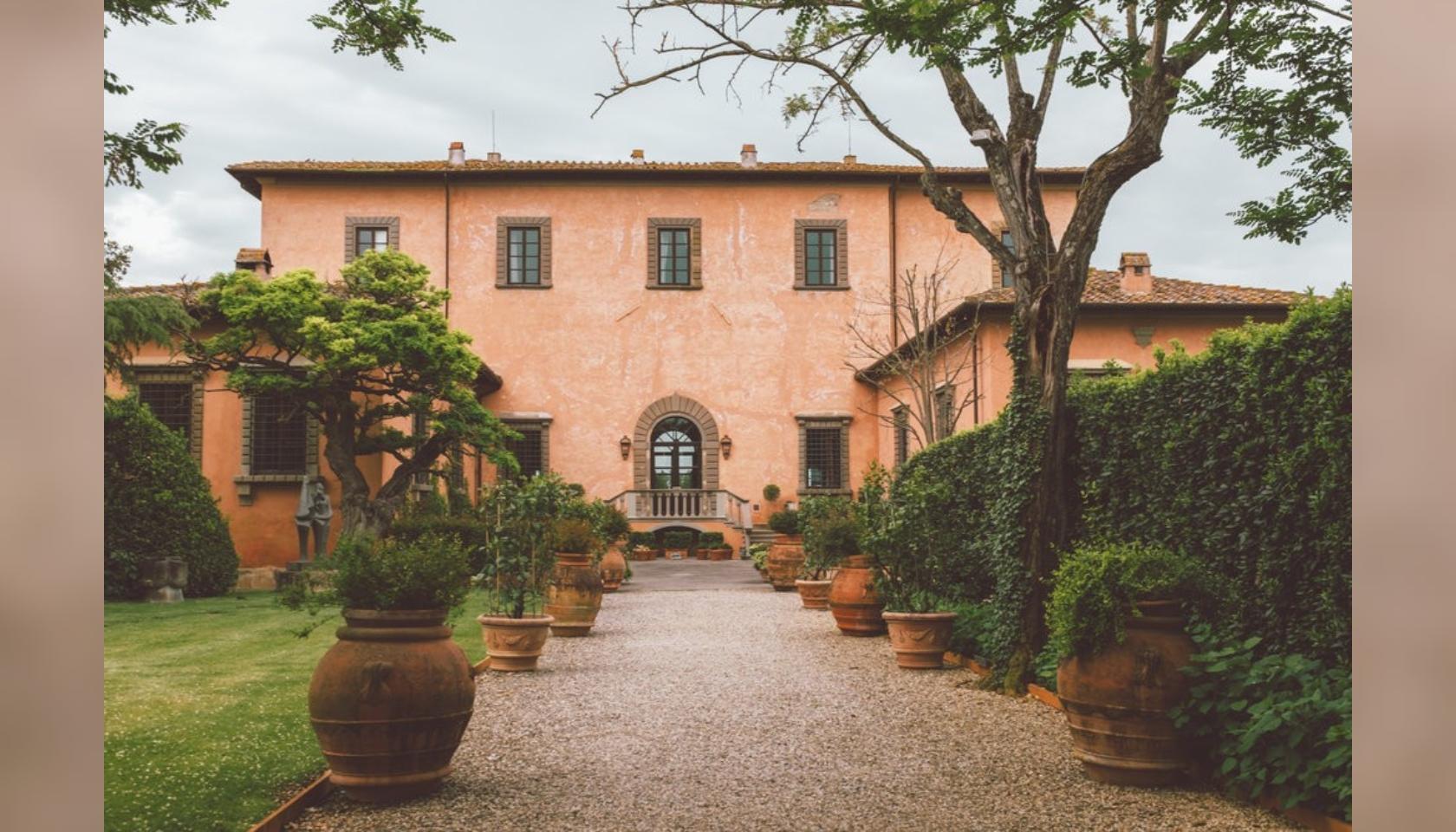 Soggiorno per 2 persone presso la Villa Mangiacane ...