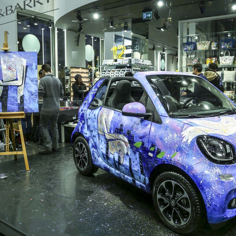 SmartFORpeace Car Painted by Roberta Cacciatore