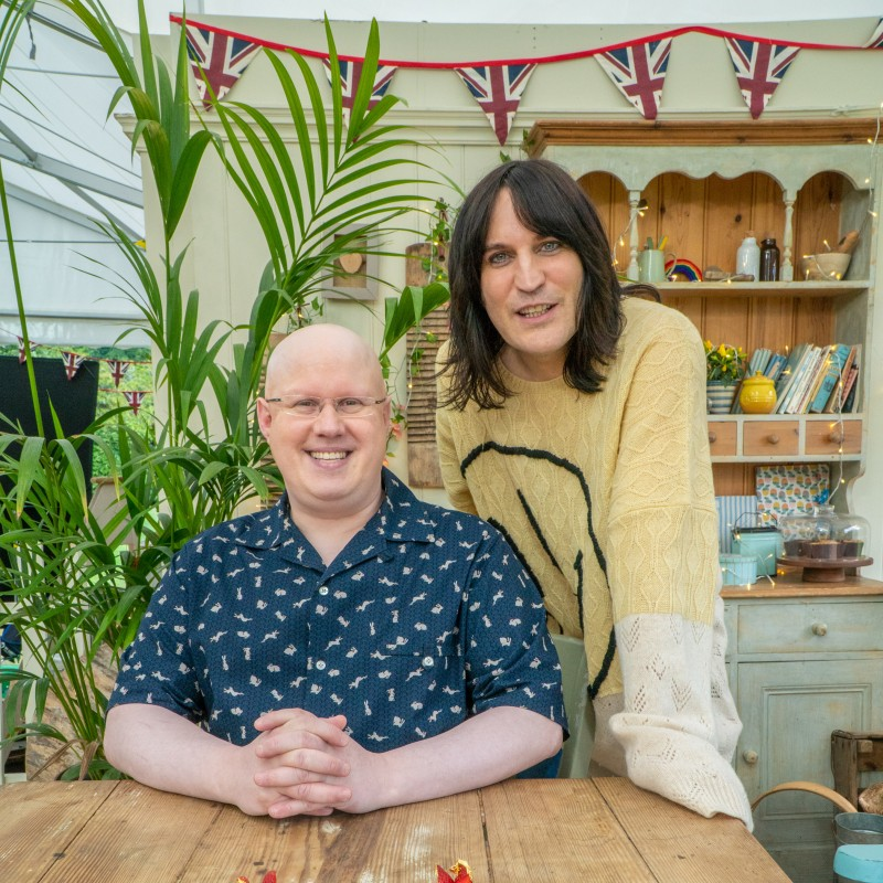 Noel Fielding and Matt Lucas Judging Your Virtual Bake-off with Friends!
