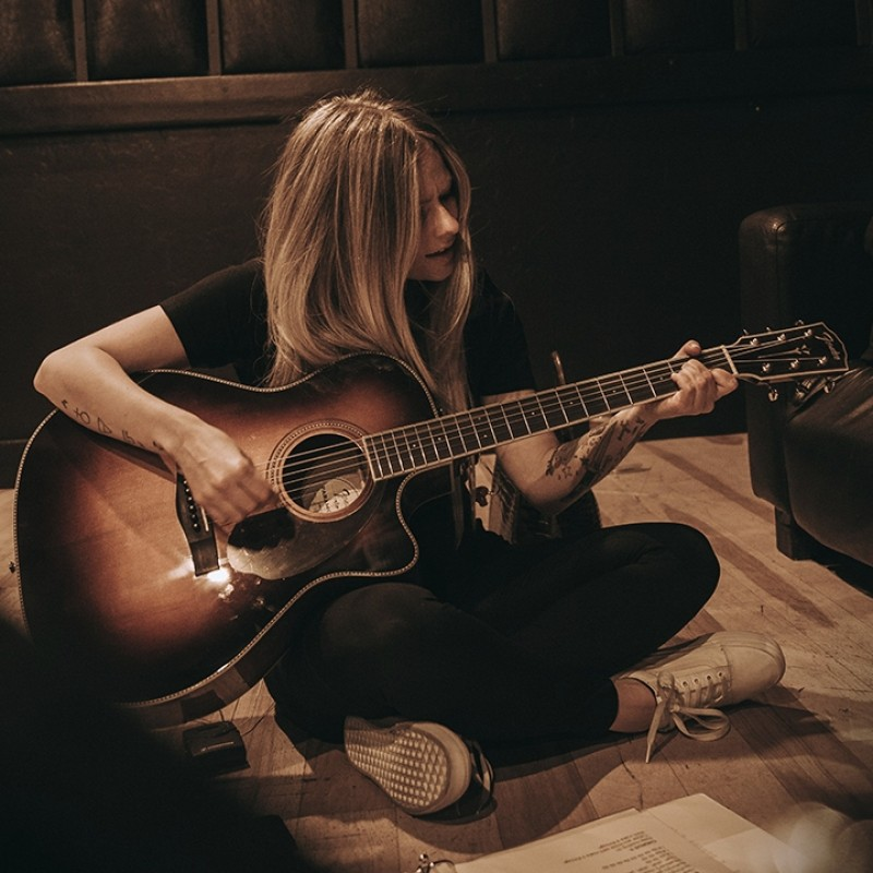 Win a Personalized Video Performance by Avril Lavigne