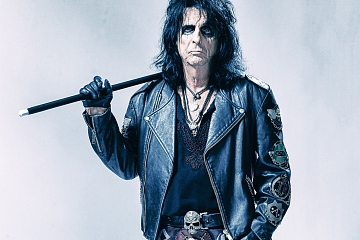 Image: A Paranormal Evening With Alice Cooper