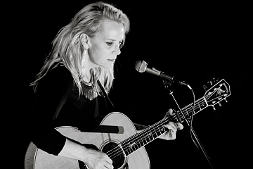 Image: Mary Chapin Carpenter