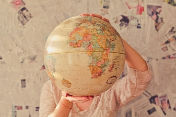 """Image: The Chattery Presents """"Becoming Bilingual: How to Make Your Language Learning Goal a Reality"""""""
