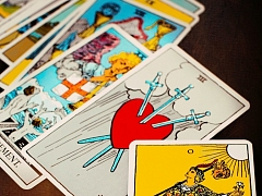 "The Chattery Presents ""Beginner Tarot"""
