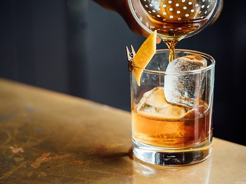 """Image: The Chattery Presents """"Mixology 101: Whiskey"""""""