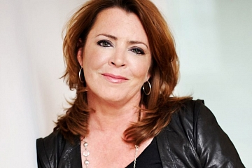 Image: Kathleen Madigan – Hot Dogs and Angels Tour