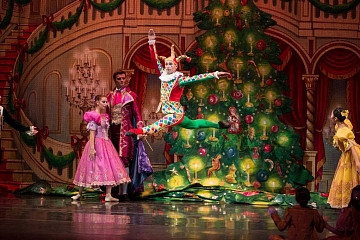 Image: Chattanooga Ballet Presents The Nutcracker