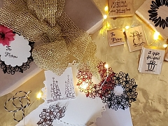 Making Your Presents Pop: Holiday Tags