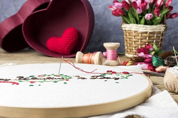 Image: Beginner Embroidery: Vintage Valentine's Day