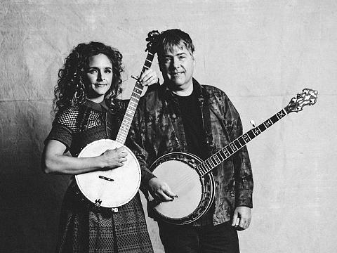Image: Bela Fleck & Abigail Washburn