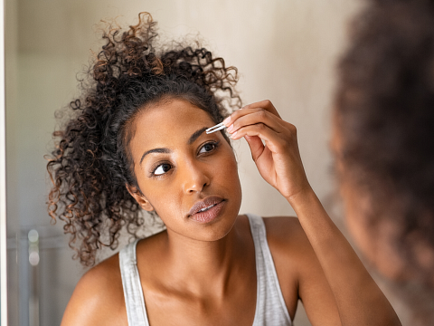 Image: Eyebrow Shaping 101 – ONLINE CLASS