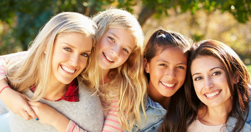 8 Important Articles for Moms of Teenage Girls