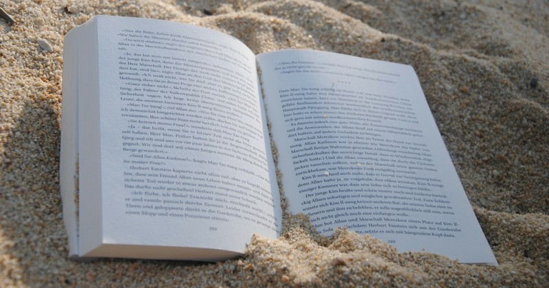 Business Beach Reads to Boost Your Brand