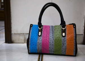 Arisha Multi Colour Dotted Medium LB159